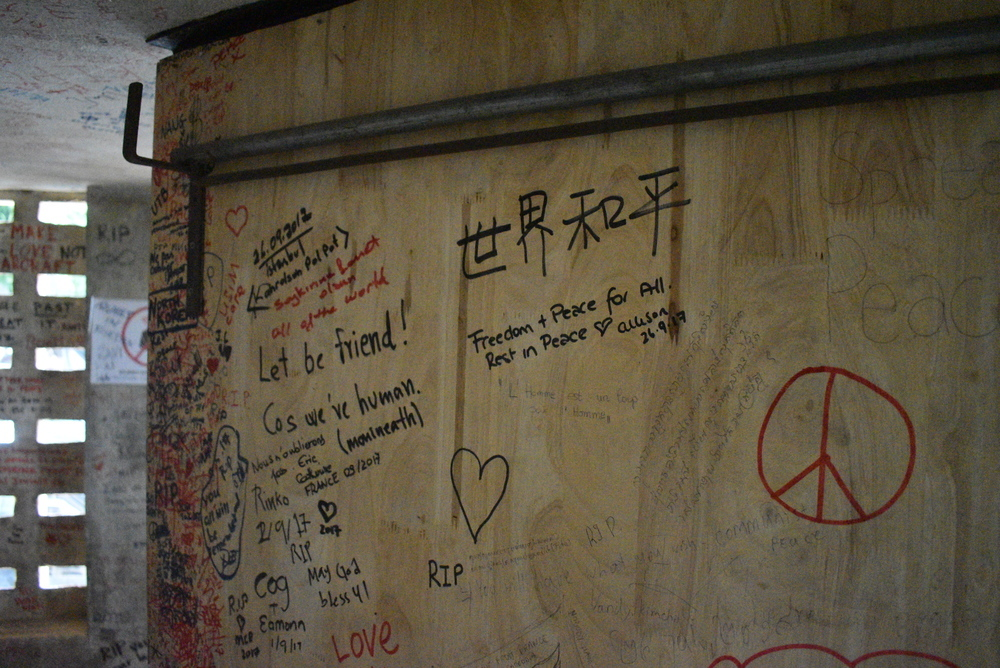 A message wall located in the Tuol Sleng complex is a place where visitors can express their compassion to the victims of the horrors that ocurred here.