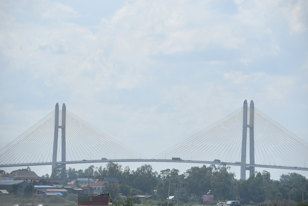 Tsubasa Bridge, one of the largest bridges in Cambodia, connects Vietnam and Cambodia overland now.