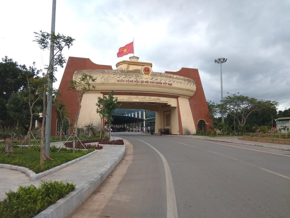 Lao Bao international border