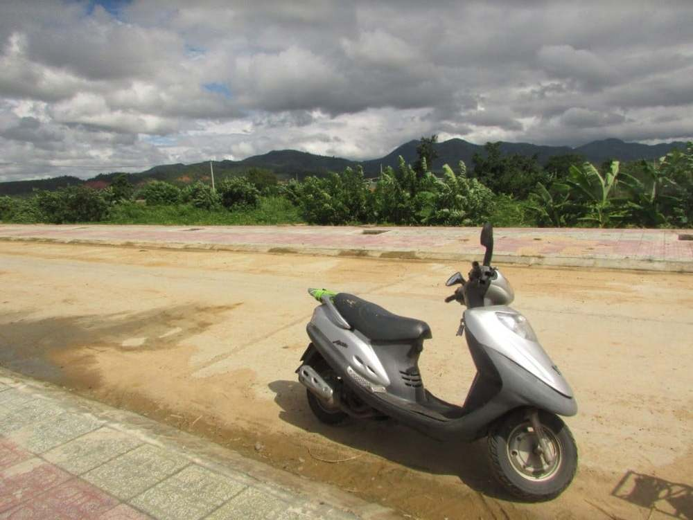 Scooter in Kon Tum