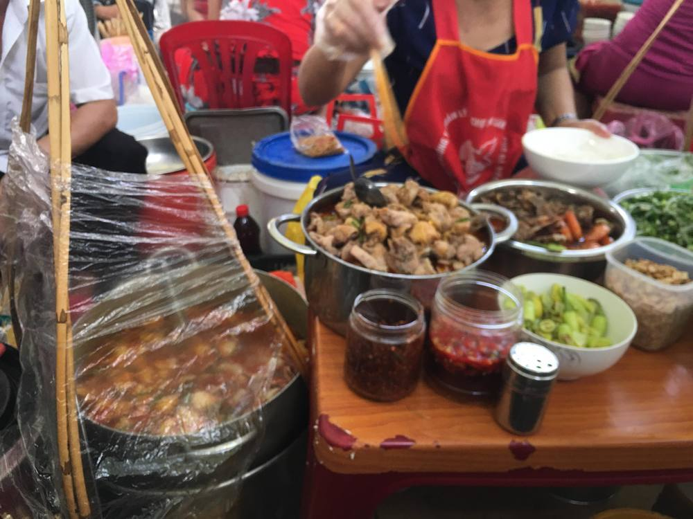 Mi Quang on Han Market