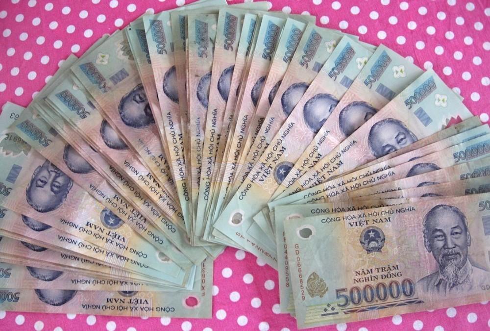 Getting paid in Vietnam