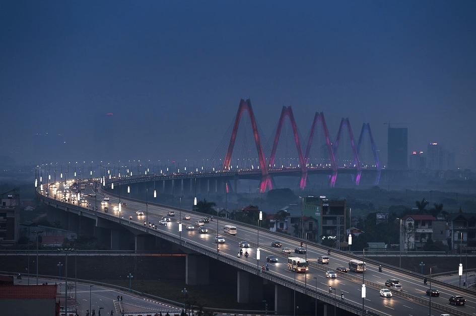 Thang Long Bridge, Hanoi