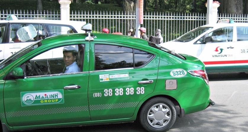 When choosing taxi services in Vietnam, make sure to pick the reputable companies, such as Mai Linh.